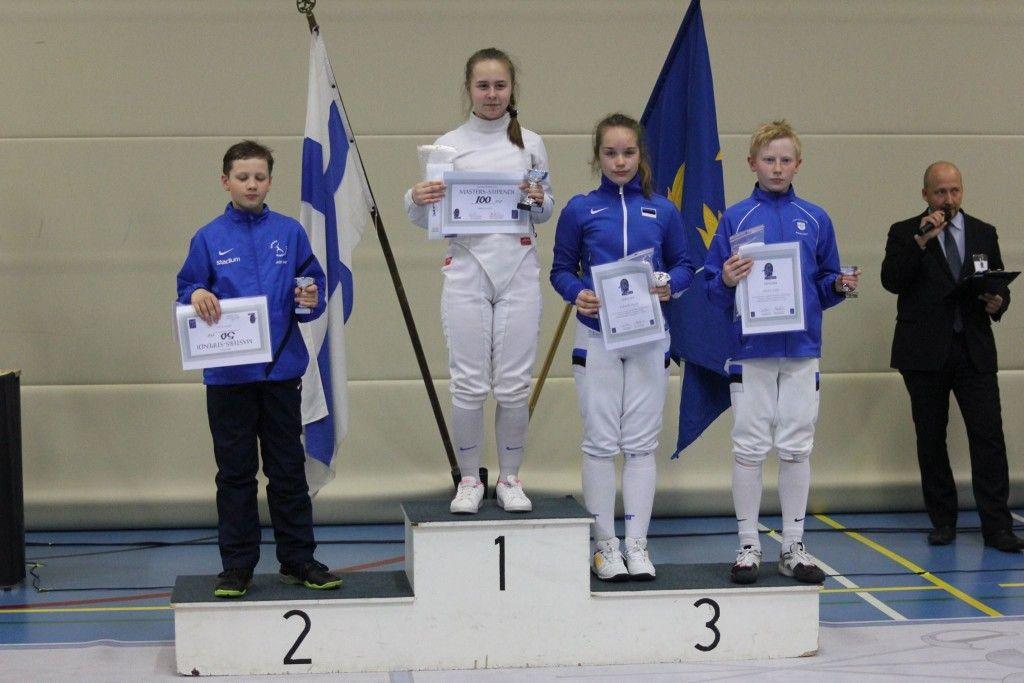 Vasakult: Jere Hasu, Karina Beimanova, Gabriela Truuse, Markus Salm. Foto: Fencing Finland/FB